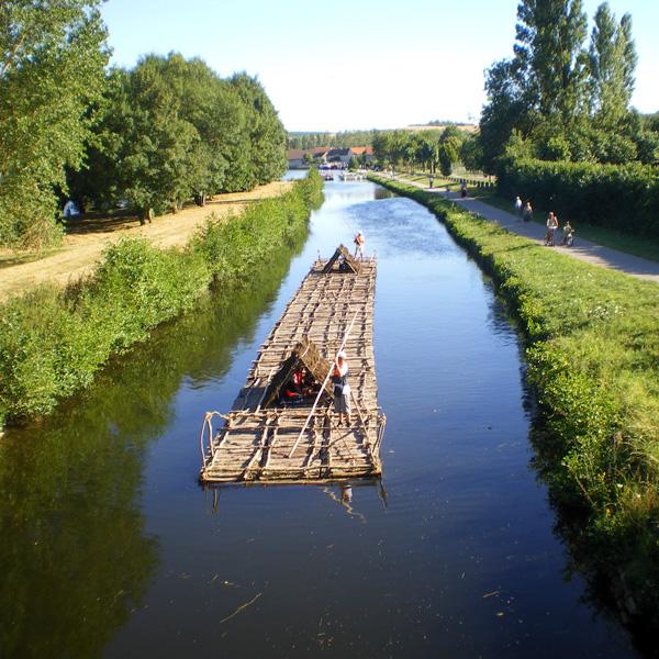 vincelles flottage train de bois auxerrois pays coulangeois yonne coulanges la vineuse irancy canal nivernais velo